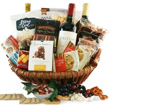 Beautiful Housewarming gift basket