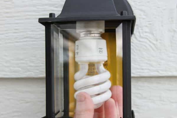 Replacing Outdoor Light Bulb